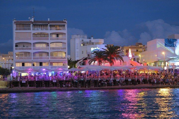 Cafe Mambo will hold its 2018 opening party on the 11th May