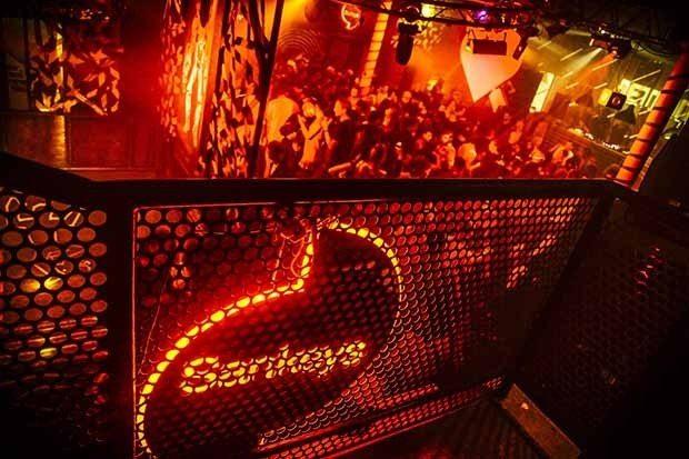 Unusual Suspects Sankeys Playa d'en Bossa Ibiza