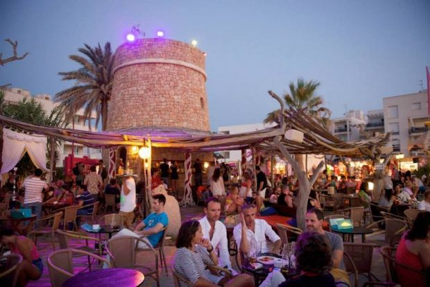 Kumharas the perfect place to relax and watch the Ibiza sunsuet