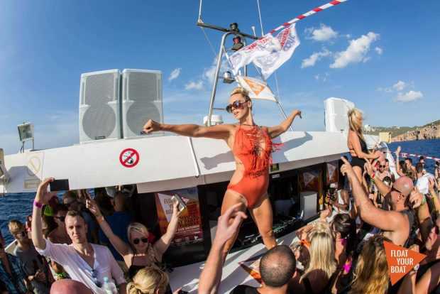FYB Carl Cox Boat Party is the exclusive boat party for Carl Cox at Privilege this year. Float Your Boat will run two special boat trips from San Antonio on the 11th and 18th July taking you out into the crystal clear waters of the Med to dance away as the sun goes down.
