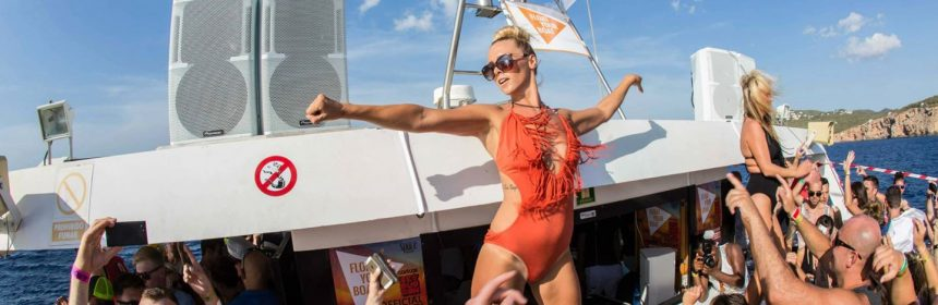 FYB Carl Cox Pre Party is the exclusive boat party for Carl Cox at Privilege this year. Float Your Boat will run two special boat trips from San Antonio on the 11th and 18th July taking you out into the crystal clear waters of the Med to dance away as the sun goes down.