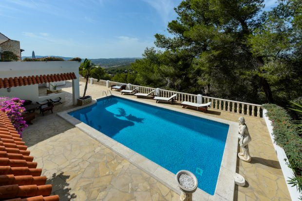 Enjoy time by the pool or in a fitness session or explore the beautiful island of Ibiza with Inside Retreats