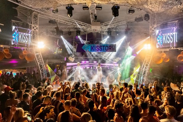 Kisstory O Beach Ibiza 2020