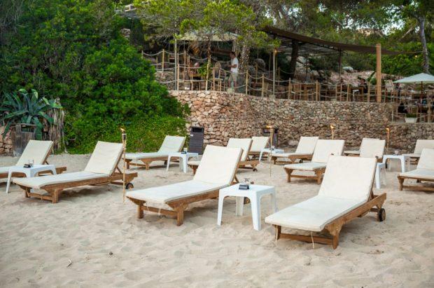 El Chiringuito de Cala Gracioneta a more intimate wedding venue in Ibiza