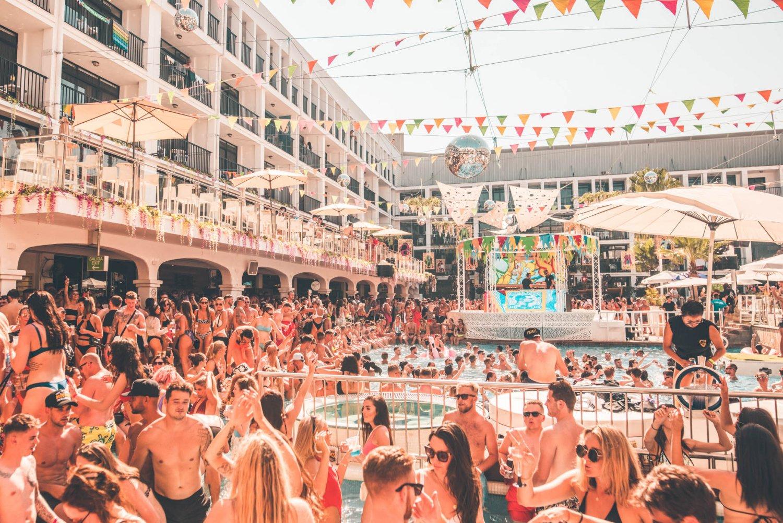 Radio 1 Dance Anthems Ibiza Rocks Hotel