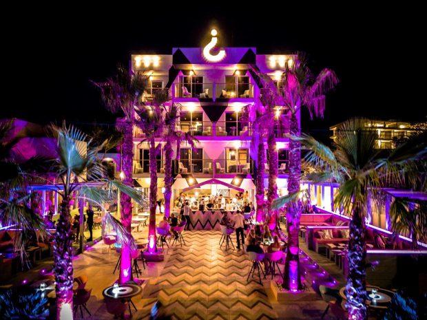 The Wi-Ki-Woo, Calo des Moro, Ibiza