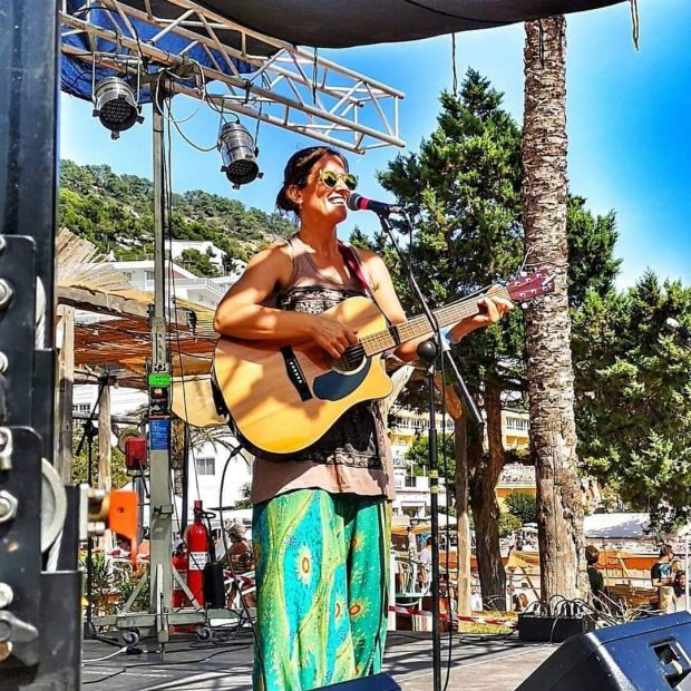 Playing for Change Ibiza in Cala Llonga